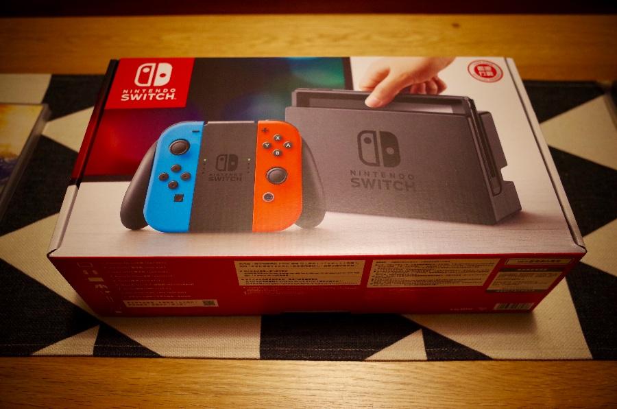任天堂(Nintendo)Switch开箱